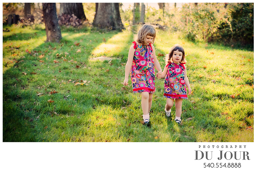 Sisters… sisters… who could ever live without a sister?: Loudoun County Photographer